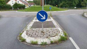 Unkraut-Verkehrsinsel-Rauenberg